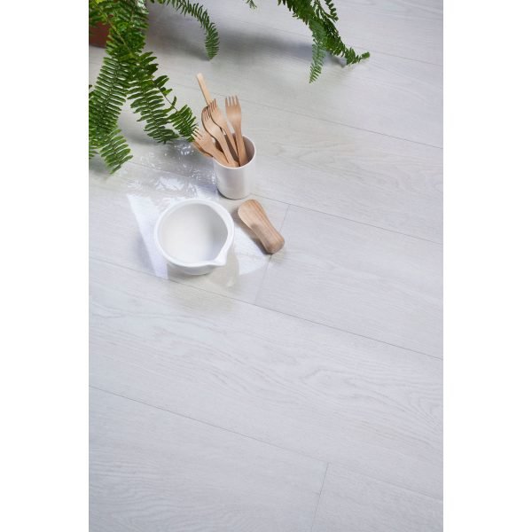 Total Tile and Bathrooms | Candlewood Bianco 20 x 120cm | Floor Tile | Roomset