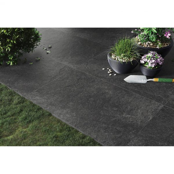 Total Tile and Bathrooms   Hammer Stone Nero 60 x 90 x 2cm   Outdoor Paver   Roomset 4